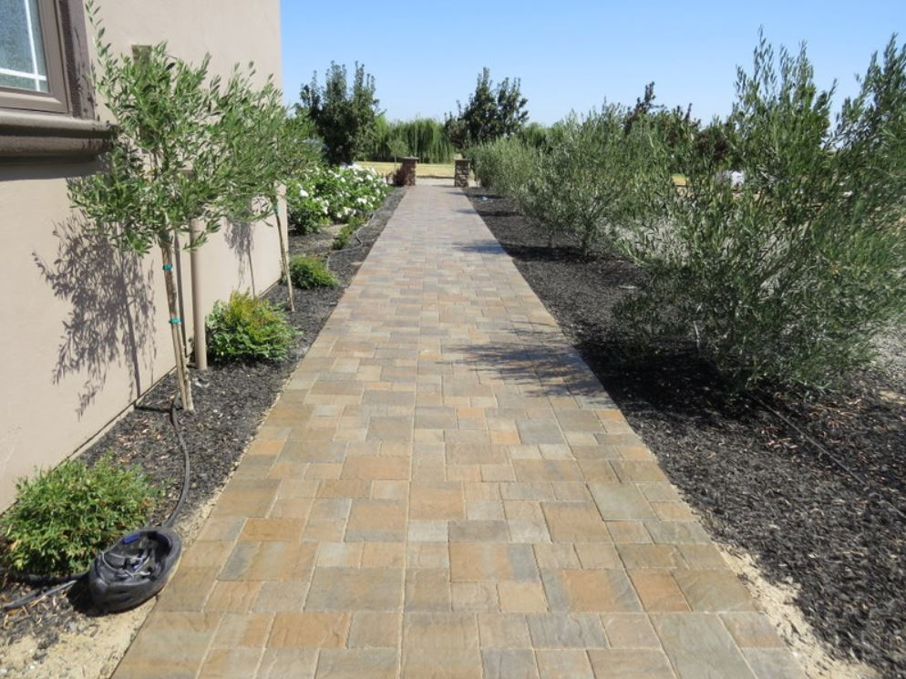 this is an image of concrete pavers in Aliso Viejo