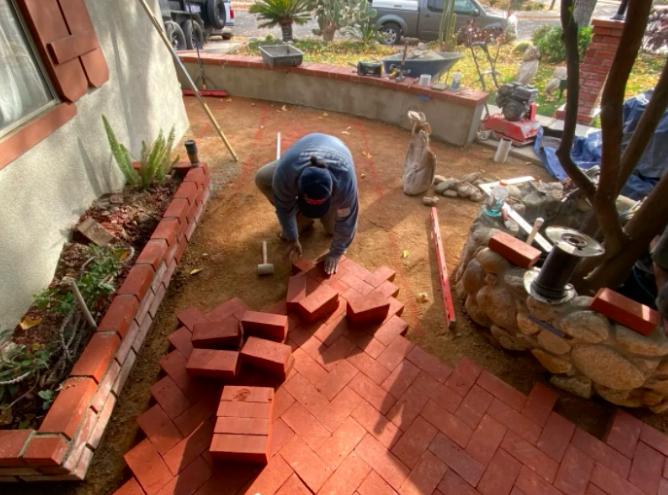 this image shows brick masonry in Aliso Viejo, California